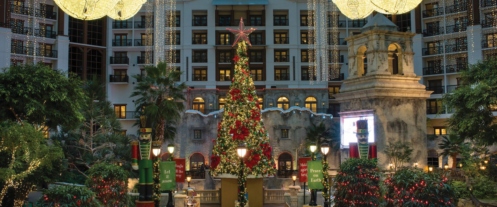Christmas Tree and lights in Lone Star Atrium at Gaylord Texan